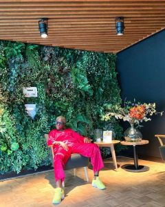 Fella Makafui Takes Photos In Pyjamas & 'King Promise Kind Of Shoes' On The Street Of Amsterdam